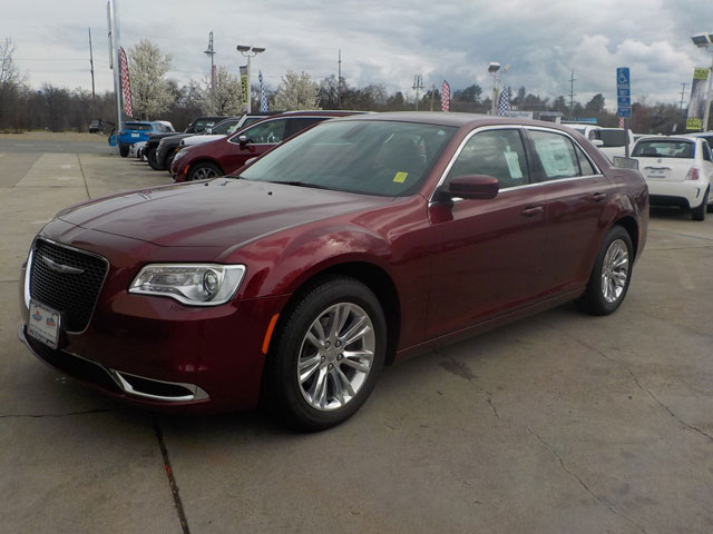 New 2019 Chrysler 300 Touring L For Sale